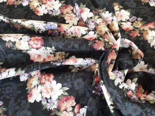 他の写真3: 中くらいの花柄