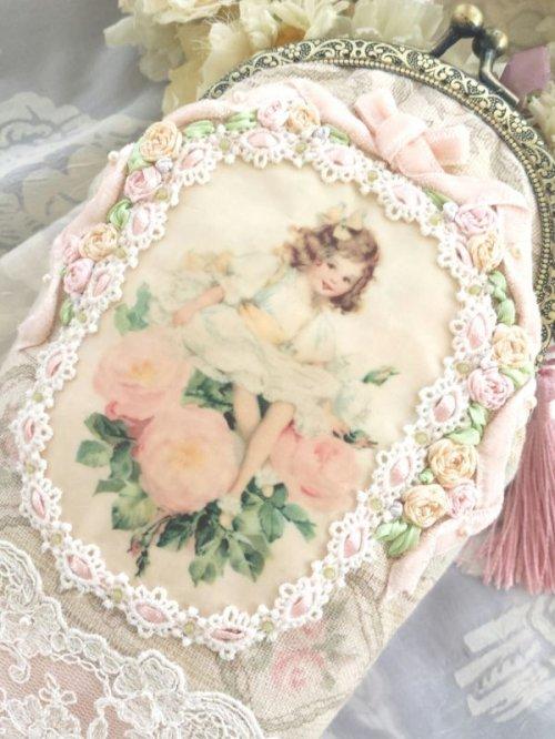 他の写真2: ピンクの薔薇の少女のポーチ完成品 (akiko)