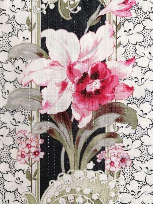 他の写真2: 中くらいな花柄