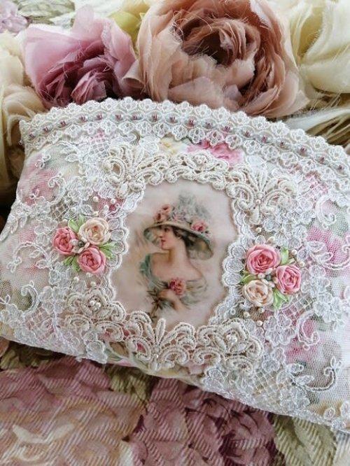他の写真1: ヴィクトリアンな婦人のポーチのキット