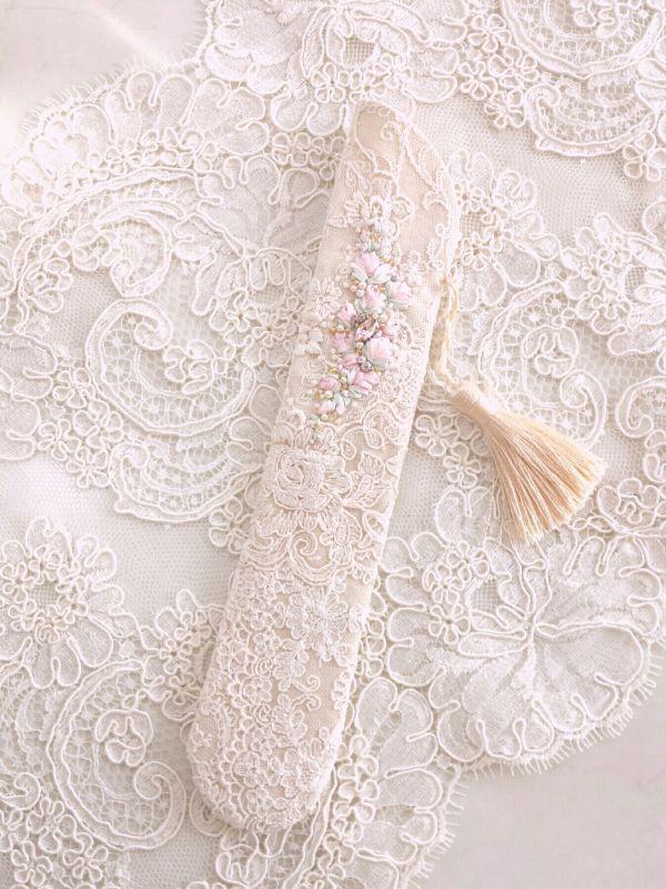 画像2: リボン刺繍のジュエリーのような扇子ケース完成品 (akiko)